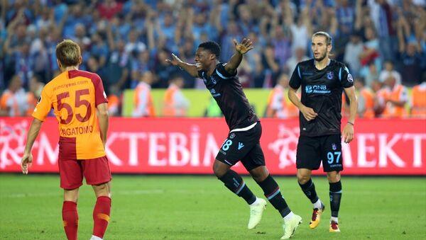 Trabzonspor, Galatasaray'ı 4 golle geçti - Sputnik Türkiye