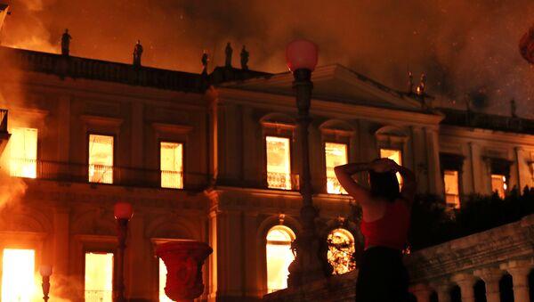 Brezilya'da 200 yıllık müzede yangın çıktı - Sputnik Türkiye