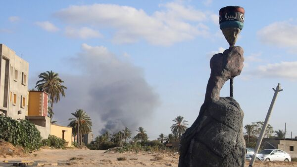 Çatışmaların devam ettiği Libya'da 400 mahkum hapishaneden kaçtı - Sputnik Türkiye