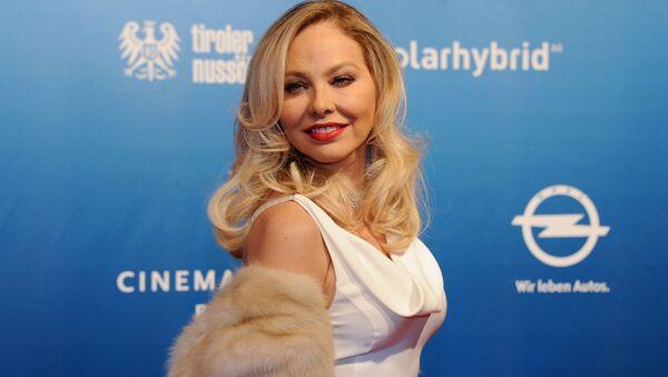 Rusya vatandaşlığı isteyen İtalyan oyuncu Ornella Muti: Dedem çarın doktoruydu - Sputnik Türkiye