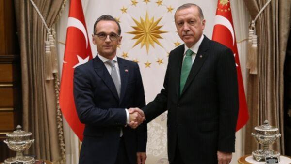 Erdoğan-Maas - Sputnik Türkiye
