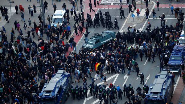 Chemnitz kentinde aşırı sağcı eylemler - Sputnik Türkiye