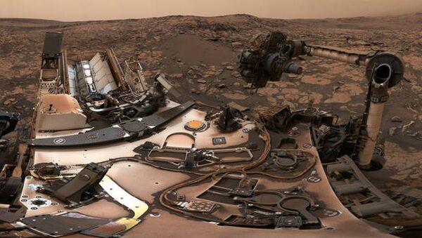 NASA, Curiosity'nin selfie'sini yayınladı - Sputnik Türkiye