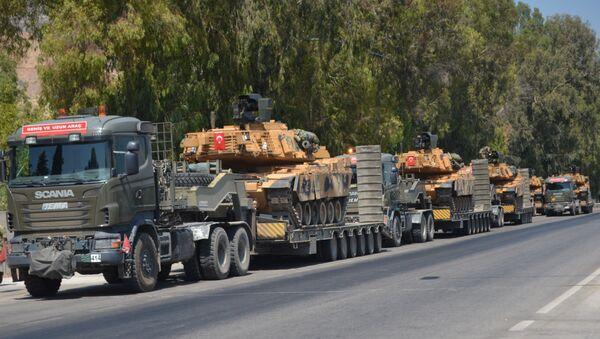 Suriye sınırına ve İdlib kırsalına TSK sevkiyatı - Sputnik Türkiye