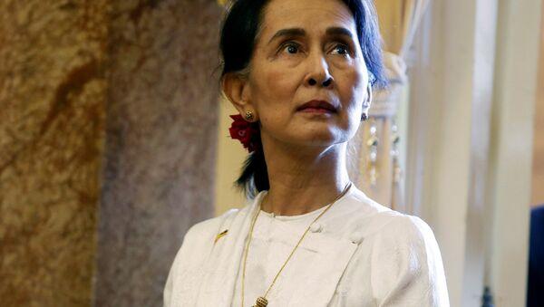 Myanmar'ın fiili lideri Aung San Suu Kyi - Sputnik Türkiye