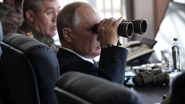 Putin Vostok-2018 tatbikatında - Sputnik Türkiye