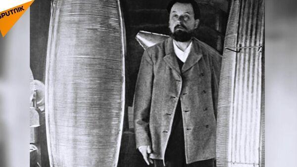 'Uzay uçuşlarının mucidi' Konstantin Tsiolkovski 161 yıl önce doğdu - Sputnik Türkiye
