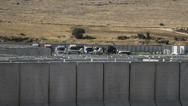 Gözlem noktalarına beton blok sevkiyatı  - Sputnik Türkiye