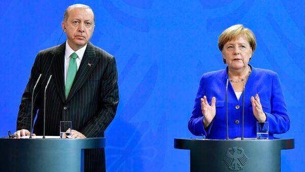 Almanya Başbakanı Angela Merkel- Cumhurbaşkanı Recep Tayyip Erdoğan - Sputnik Türkiye