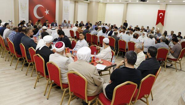 Şanlıurfa Valisi Suriyelilere seslendi: Misafirliğin gereğini bilin - Sputnik Türkiye