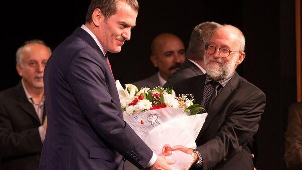 Devlet Tiyatrolarında perde 'Reis Bey'le açıldı - Sputnik Türkiye