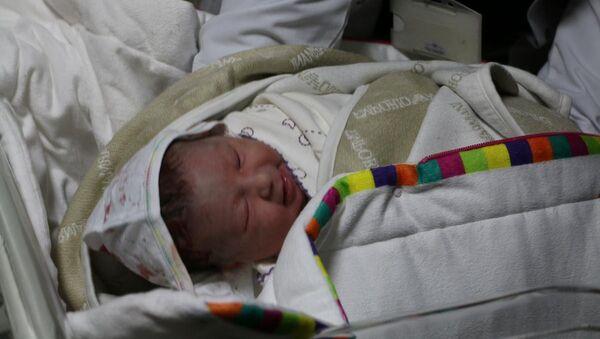 Yeni doğan bebek - Sputnik Türkiye