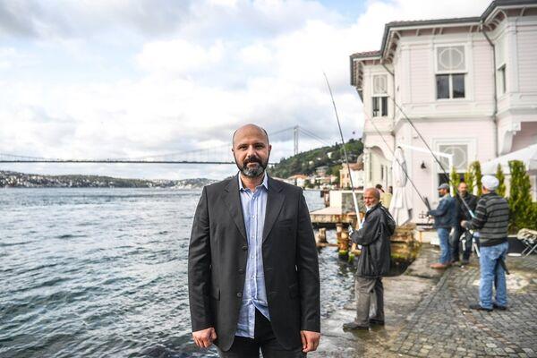 Lüks gayrimenkul danışmanlığı yapan Uğur Ayhan - Sputnik Türkiye