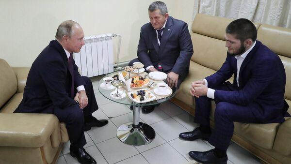 Vladimir Putin- Khabib Nurmagomedov - Sputnik Türkiye