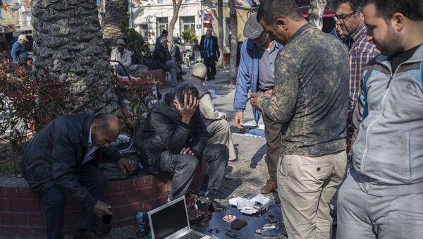 İzmir'de Suriyeli göçmenler - Sputnik Türkiye