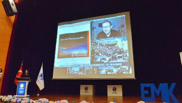 Amerikan Havacılık ve Uzay Ajansı'nda (NASA) görev yapan Türk bilim insanı Dr. Umut Yıldız - Sputnik Türkiye