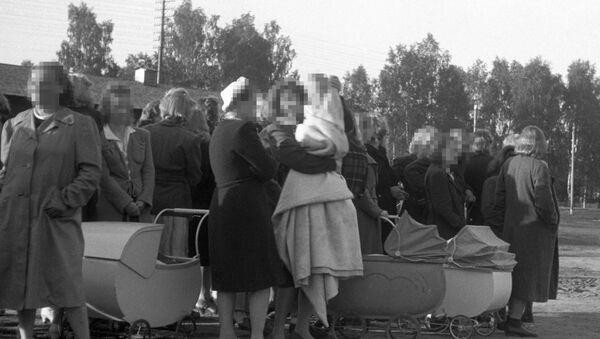 2. Dünya Savaşı sırasında Norveç'ten Almanya'ya çocuklarıyla birlikte giden Norveçli kadınlar - Sputnik Türkiye