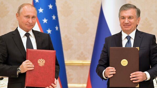 Rusya Devlet Başkanı Vladimir Putin-Şevket Mirziyoyev - Sputnik Türkiye