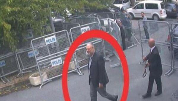 Gerçek Cemal Kaşıkçı'nın 2 Ekim'de Suudi Arabistan İstanbul Başkonsolosluğu'na ön kapıdan giriş görüntüleri - Sputnik Türkiye