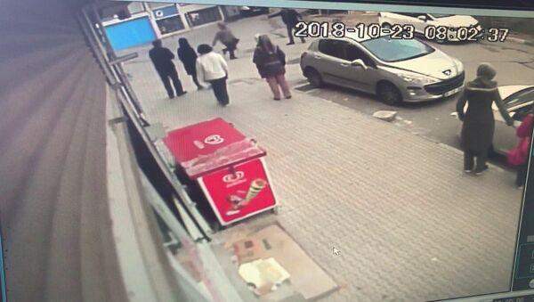 Eski karısını 18 yerinden bıçaklayarak öldürdü: Korkutmak istemiştim - Sputnik Türkiye
