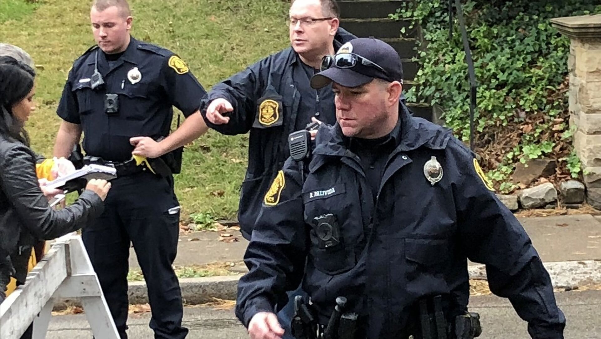 ABD'nin Pennsylvania eyaletinin Pittsburgh kentindeki bir sinagoga silahlı saldırı düzenlendi. - Sputnik Türkiye, 1920, 27.04.2021