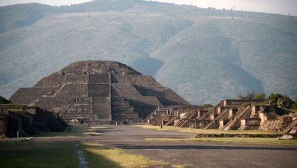 Meksika'da bulunan Teotihuacan arkeolojik alanı - Sputnik Türkiye