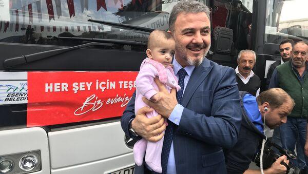 100 Suriyeli Cerablus ve Afrin'e yolcu edildi - Sputnik Türkiye