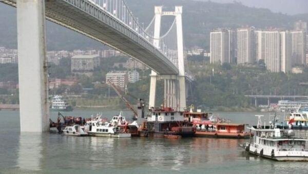 Yolcu-şoför kavgası nehirde bitti - Sputnik Türkiye