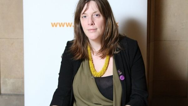 İngiltere İşçi Partisi milletvekili Jess Phillips - Sputnik Türkiye