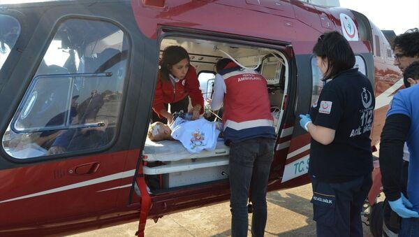 Ambulans helikopter, 10 aylık Rüzgar bebek için havalandı - Sputnik Türkiye