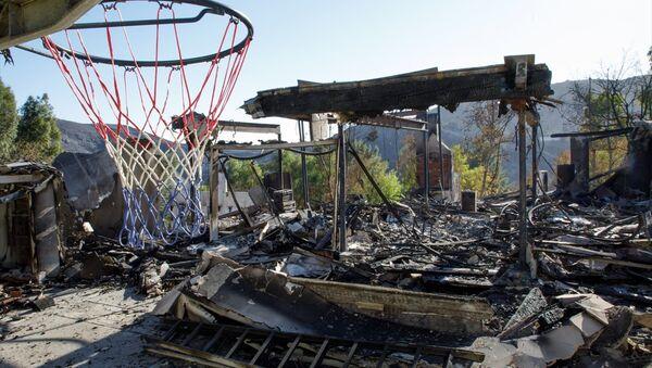 California orman yangınlarıyla boğuşuyor - Sputnik Türkiye