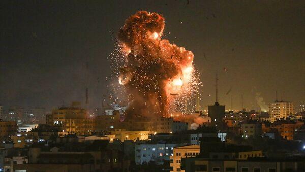 İsrail, Gazze'deki El Aksa televizyonunu vurdu - Sputnik Türkiye