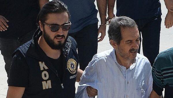 Eski Zaman gazetesi başyazarı Ali Ünal - Sputnik Türkiye
