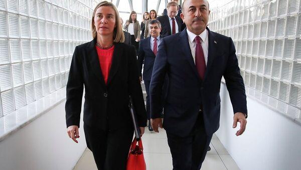 Mevlüt Çavuşoğlu - Federica Mogherini - Sputnik Türkiye