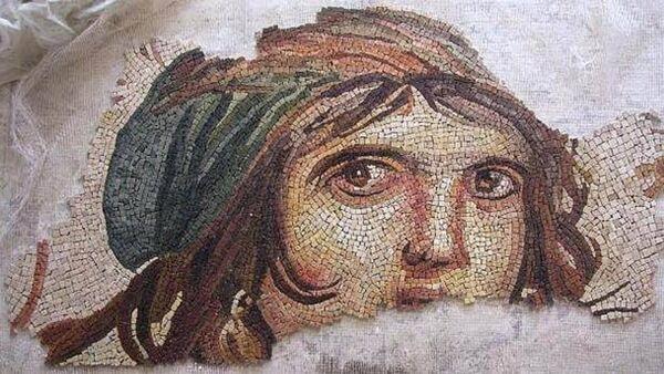 Çingene Kızı mozaiği - Sputnik Türkiye