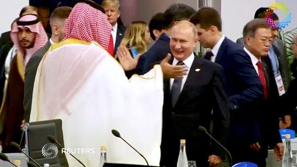 Suudi Arabistan Veliaht Prensi Muhammed Bin Selman-Rusya Devlet Başkanı Vladimir Putin - Sputnik Türkiye