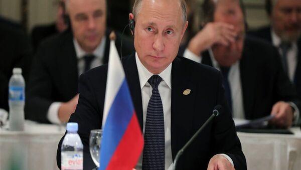 Putin, G20'de Merkel ile kısa bir görüşme yaptı - Sputnik Türkiye