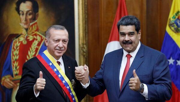 Cumhurbaşkanı Recep Tayyip Erdoğan ve Venezüella Devlet Başkanı Nicolas Maduro - Sputnik Türkiye