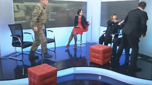 Ukrayna parlamento kanalında kavga - Sputnik Türkiye