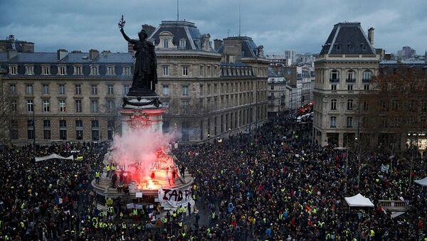 Fransa, Paris, Sarı Yelekler, protesto - Sputnik Türkiye