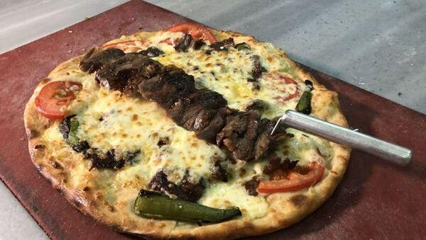 Cağ kebabı- Pizza - Sputnik Türkiye