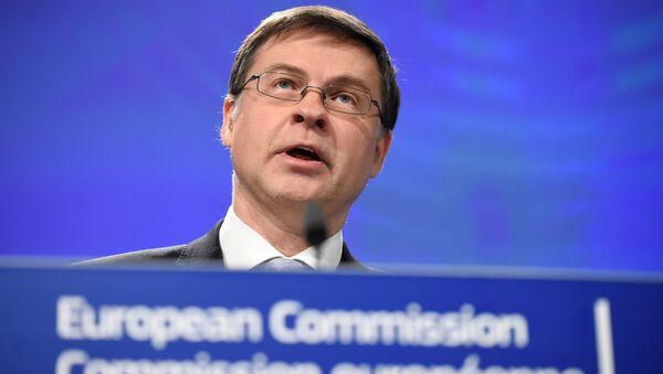 AB Komusyonu Başkan Yardımcısı Valdis Dombrovskis - Sputnik Türkiye