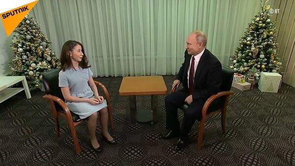 Putin, ağır hasta olan Regina'nın hayalini gerçekleştirdi - Sputnik Türkiye
