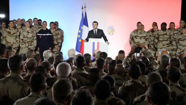 Fransa Cumhurbaşkanı Emmanuel Macron Çad'da - Sputnik Türkiye