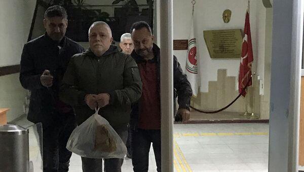 Aydın'da ev sahibiyle kiracı arasında çıkan bıçaklı kavgada bir kişi hayatını kaybetti. - Sputnik Türkiye