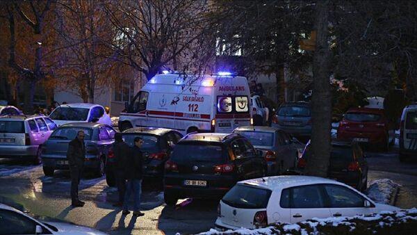 Hukuk fakültesi öğrencisi, tez hocasını öldürdü - Sputnik Türkiye