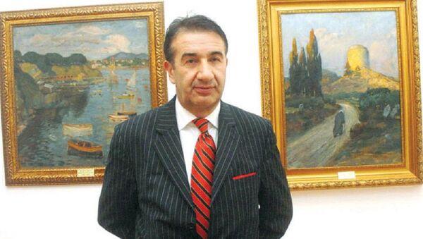 Tabloların çerçevesini çay ocağında görevli personele boyatan eski müze müdürüne 1996 TL para cezası - Sputnik Türkiye