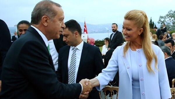 Müge Anlı - Recep Tayyip Erdoğan - Sputnik Türkiye
