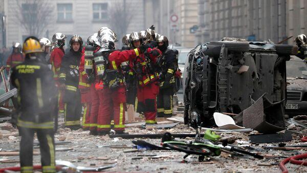 Paris'te patlama - Sputnik Türkiye