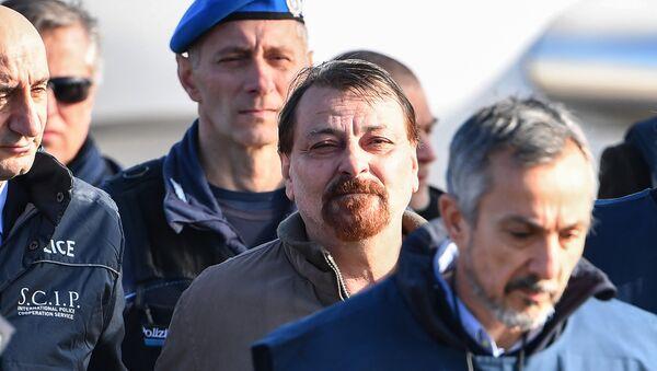 Cesare Battisti - Sputnik Türkiye